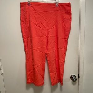 Coral pull on capris size 18